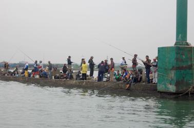 Suasana di SuarBreak Water Hijau
