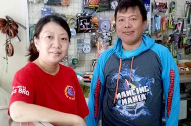 Velly Budiharto (kiri) dan Ade Irawan (kanan)