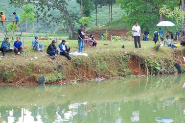 Semakon siang semakin ramai pemancing yang datang